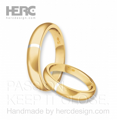 Half-round wedding rings with yellow gold insert